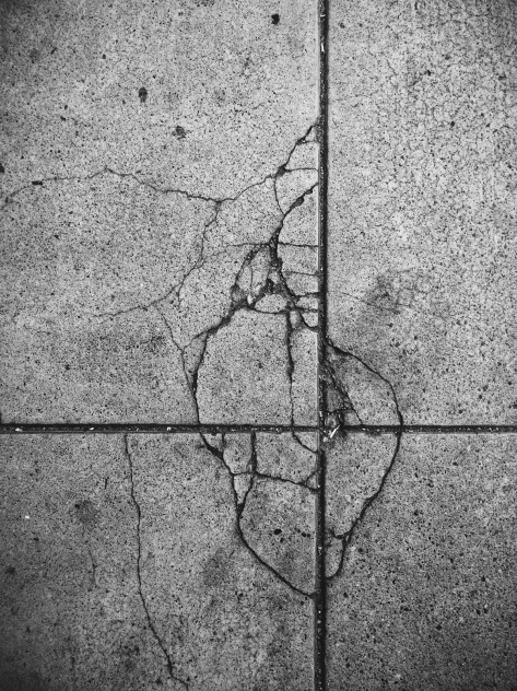 Photograph: sidewalk crack - iPhone 5s, postprocessing vsco